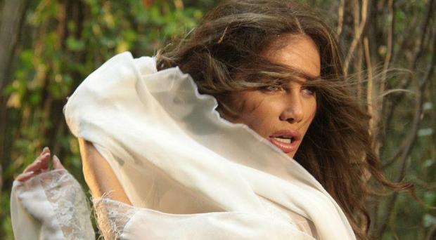 نيكول سابا تطلق أغنية مشتركة مع الشعبي عبد الباسط حمودة الأسبوع المقبل