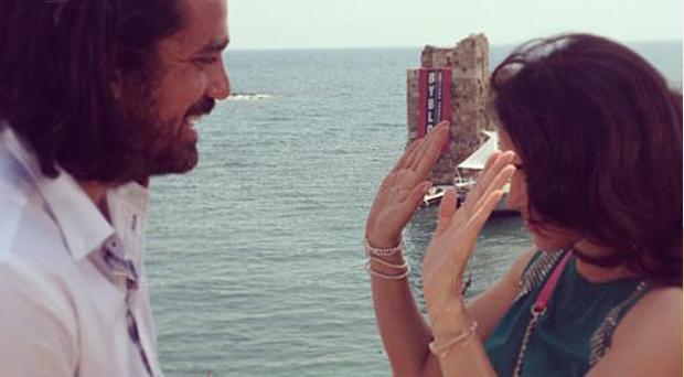 """التركية نور، أمير كرارة وفريق عمل """"تحت الأرض"""" غادروا بيروت وهذه التفاصيل"""