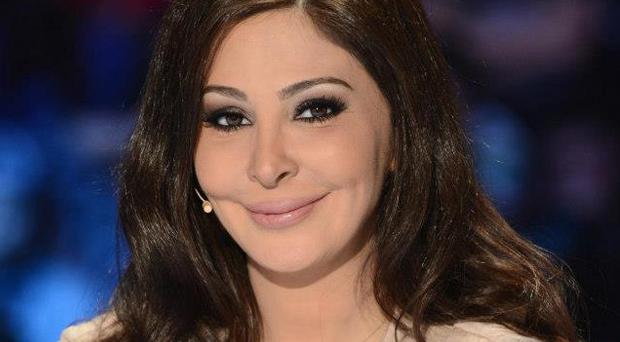 إليسا الأكثر صراحةً فكفى ذكر أسماء لا يجوز وضعها إلى جانب إسمها