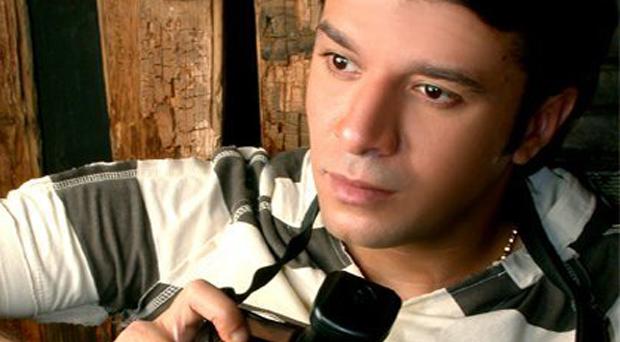 نقيب الموسيقيين مصطفى كامل يقدّم إستقالته ويدعو للتمرّد على النظام في مصر