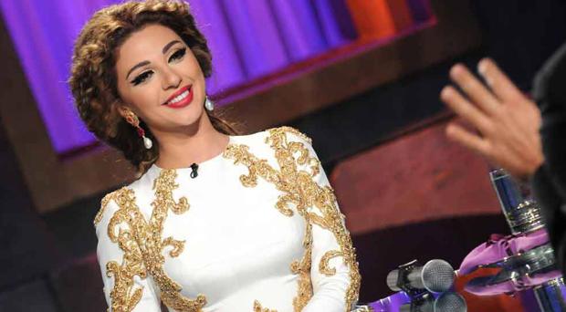 ميريام فارس ملكة المسارح وسيّدة الغناء والكلام في أنا والعسل ونيشان كسب الرهان معها