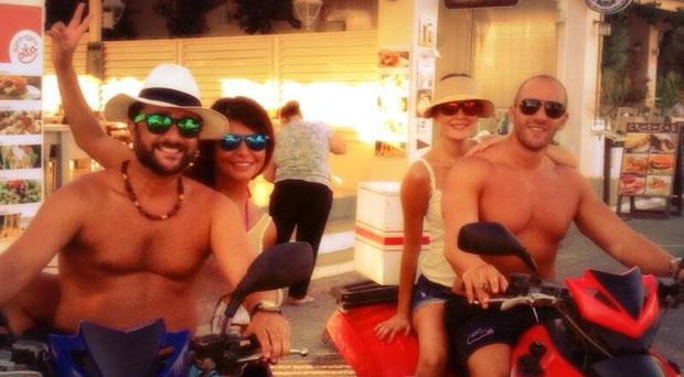 بالصور: سيرين عبد النور وزوجها فريد رحمة في إجازة مع شربل بو منصور وزوجته