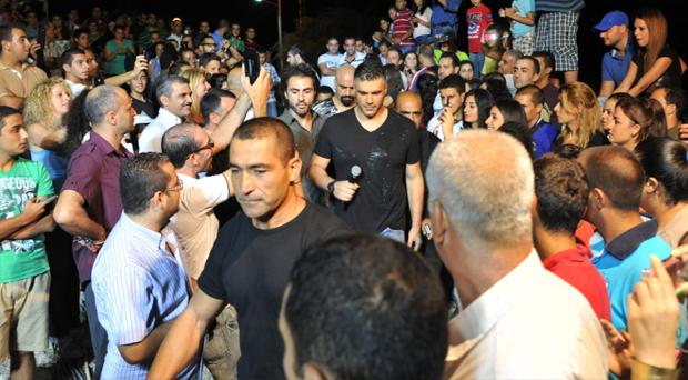 بالصور: حشد جماهيري غفير في حفل فارس كرم في جبيل وإعلان السبيسيال إنطلق