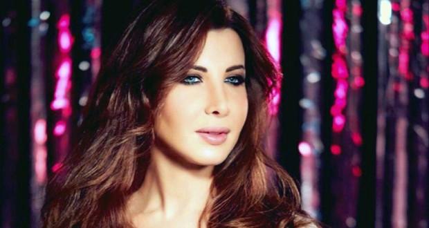 """نانسي عجرم أطلقت مقطع من """"بقى كل ده"""" و""""مش فارقة"""" وحملة إلكترونية واسعة للألبوم"""