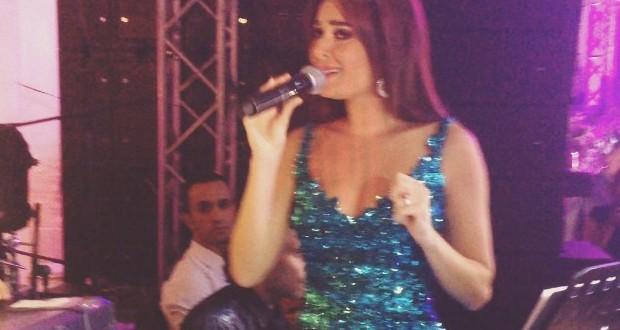 بالفيديو والصورة: سيرين عبد النور أحيت واحداً من أكبر الأفراح في الإسكندرية وأشعلت المسرح