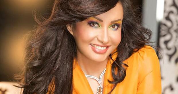 لطيفة صوّرت ثلالث أغنيات ووضحت وضع إسمها ضمن قائمة الإغتيالات في تونس