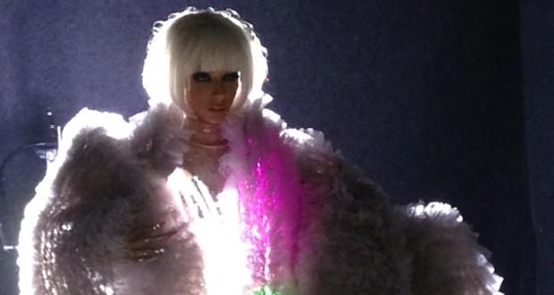بالصور: آي إيفنتس تصوّر إعلان حفل عاصي وهيفا وباسم فغالي ليلة رأس السنة