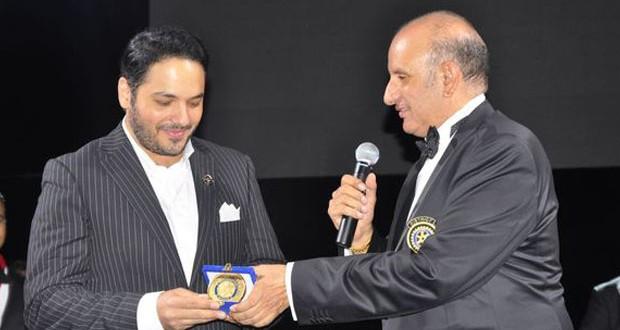 بالصور: رامي عيّاش كرّم في مصر بحضور كبار الشخصيات وأشعل المسرح