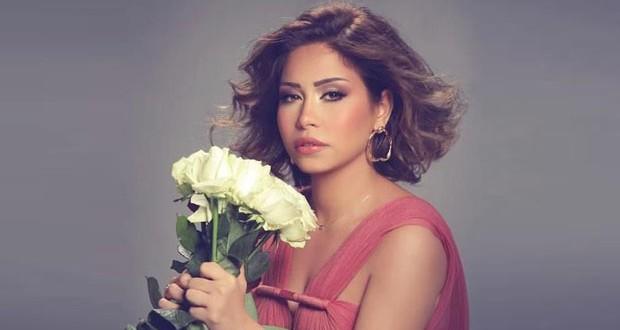 شيرين عبد الوهاب تؤكّد إنتحال شخصيتها وكافة التفاصيل على غلاف ألبومها