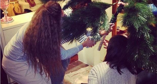 بالصورة: ميريام فارس تضع شجرة الميلاد وتحيي أقوى حفلات رأس السنة في المغرب