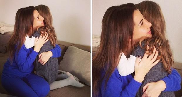 بالصورة: هكذا عانقت نانسي عجرم إبنتها ميلا وأسبوع حافل بالتحضيرات لإطلاق الألبوم