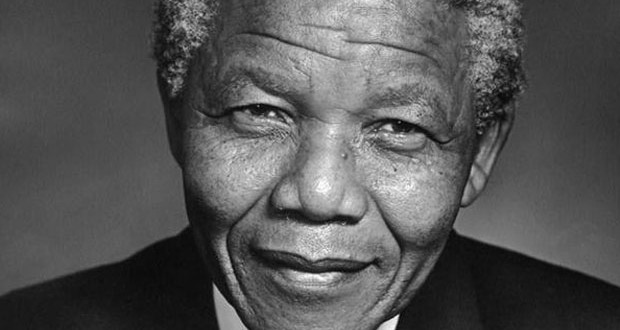 النجوم ينعون الراحل Nelson Mandela