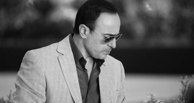 بالفيديو: صابر الرباعي يودّع والده إلى مثواه الأخير