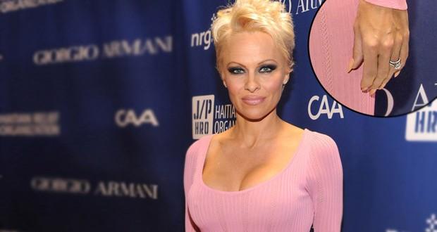بالصورة: Pamela Anderson تعود لزوجها السابق Rick Salomon