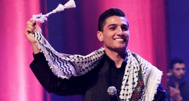 محمد عساف يُطيح بنجوم عالميّين في الـ Shorty Awards، وأشعل فلسطين في حفل خيري