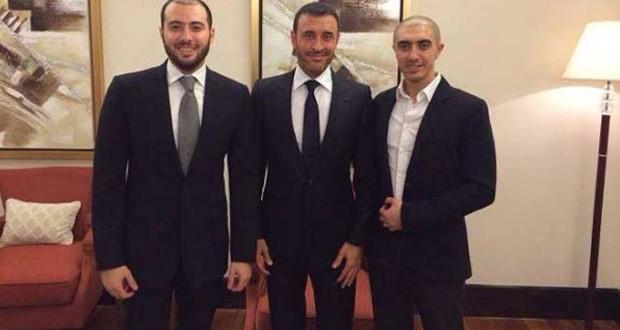 بالصورة: كاظم الساهر شيخ الشباب وصورته مع أبنائه الأكثر رواجاً