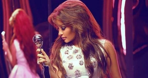لطيفة: لم أقدم صوتي يوماً لأنظمة، ولا يحق لأحد منعي من الغناء في تونس