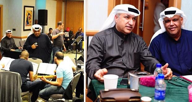 """بالصور: نبيل شعيل يقوم ببروفات """"هلا فبراير"""" وخسر الكثير من وزنه"""