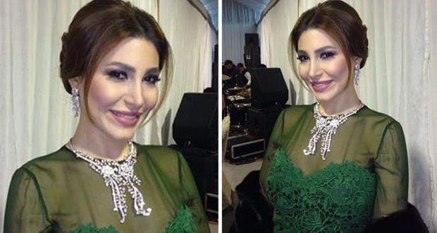 بالصورة: يارا تتألّق بالأخضر في حفل زفاف خاص في الكويت