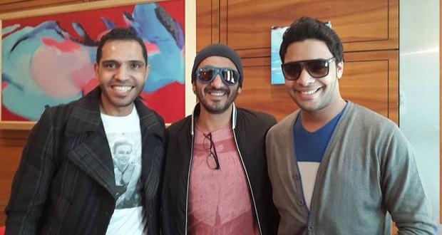 بالصورة: أحمد جمال يلتقي بأحمد حلمي في المطار