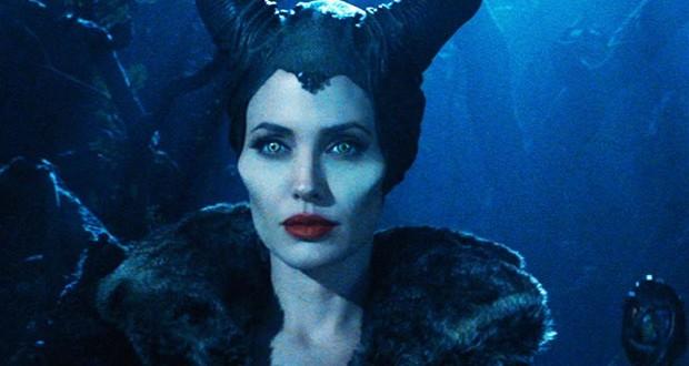 بالصورة: Angelina Jolie مرعبة على غلاف مجلّة Entertainment Weekly
