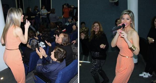 بالصور: ناي سليمان تغني للأم!