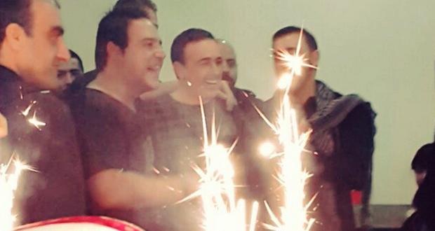بالصور: لجنة تحكيم وفريق عمل The Voice إحتفلوا بعيد ميلاد صابر الرباعي