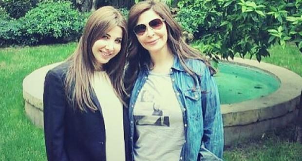 بالصورة: نانسي عجرم وإليسا على الغداء في أجمل المجالس
