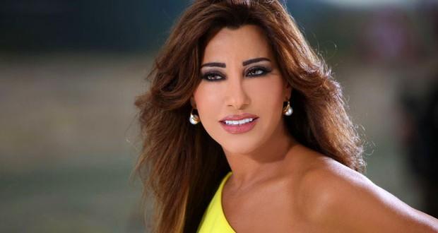 نجوى كرم من بيروت: نتمنّى دائماً أن يكون بلدنا بخير