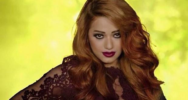 """بالفيديو: رحمة رياض تُطلق فيديو كليب """"بوسة"""" وتتألّق"""