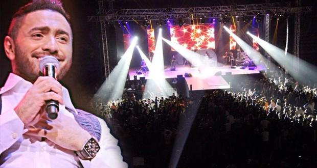 تامر حسني أشعل المغرب، غيّر معالم النجاح وأكثر من 20 ألف متفرج إجتمعوا على حبّه في الدار البيضاء