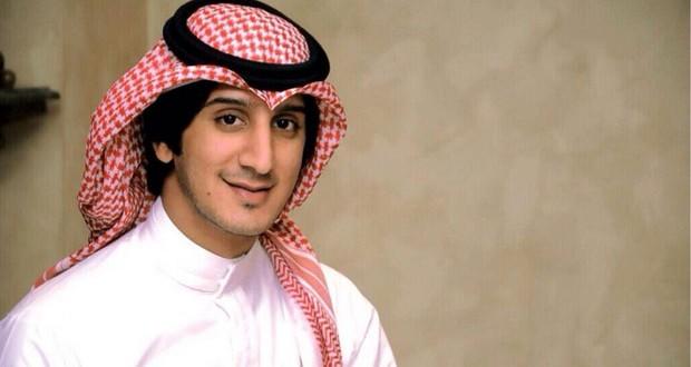 """بالفيديو: عبدالله عبدالعزيز يحطّم المليون الأوّل في """"بغنّي"""""""
