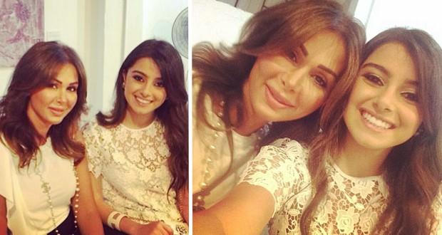 بالصورة: Selfie مميّزة لـ ماريتا عاصي الحلاني مع والدتها كوليت