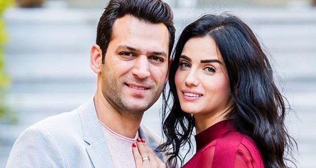 زوجة مراد يلدريم تحتفل بعيد ميلاده على متن الطيران التركي