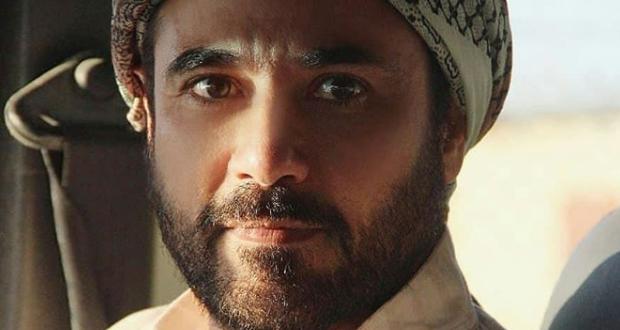 """أحمد عز عاري الصدر على بوستر """"أبو عمر المصري"""" – بالصورة"""