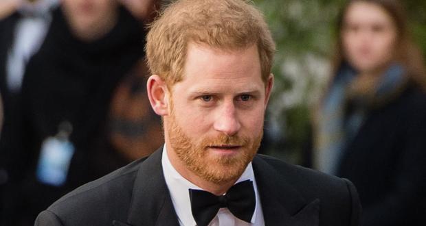 """الأمير هاري ينشر مذكراته """"الحميمة والصادقة"""".. """"جميعنا لدينا قواسم مشتركة"""""""