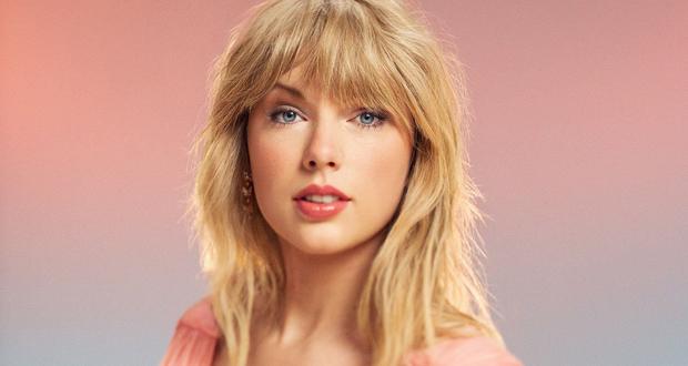 """تايلور سويفت تعيد طرح ألبومها """"Red"""" مع 11 أغنية إضافية"""