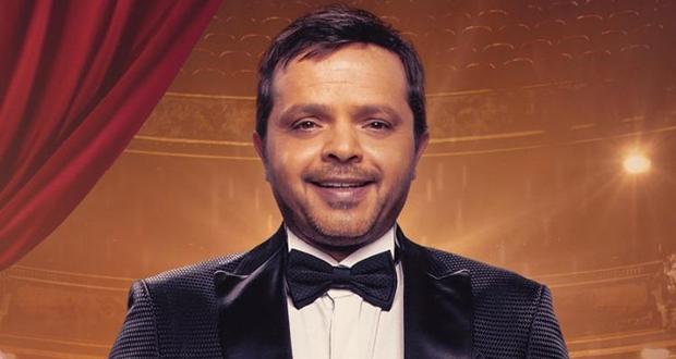 """محمد هنيدي يتلقّي عروضاً للغناء الشعبي.. """"سيد الإنسان"""""""