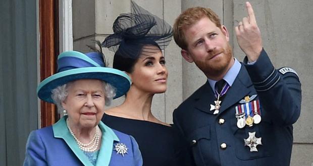 """مصادر في القصر: هاري لم يطلب إذن الملكة لاستخدام """"لقبها الشخصي جداً"""" ومتحدّث باسمه يردّ"""