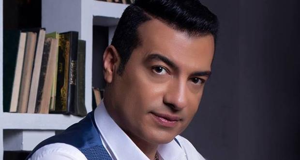 إيهاب توفيق: أتعرض لمؤامرة لمنع عودتي إلى الغناء.. وعمرو دياب يغار مني