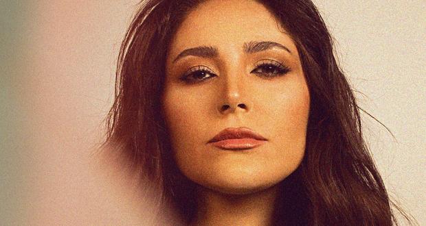 """عبير نعمة في ألبومها الثاني """"بيبقى ناس"""" روح واحدة لأغنيات من أنماط مُختلفة"""