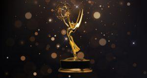 """""""تيد لاسو"""" و""""ذا كراون"""" يحصدان جوائز إيمي التلفزيونية"""