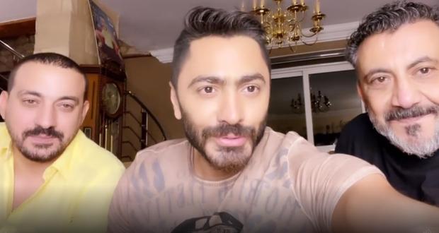 تامر حسني ينهي الخلاف بين دياب ونصر محروس ويكشف تفاصيل الصلح